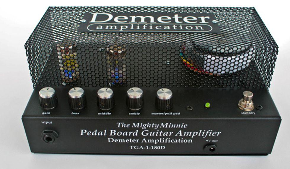 demeter announces the mighty minnie pedalboard amp 2013 09 25 premier guitar. Black Bedroom Furniture Sets. Home Design Ideas