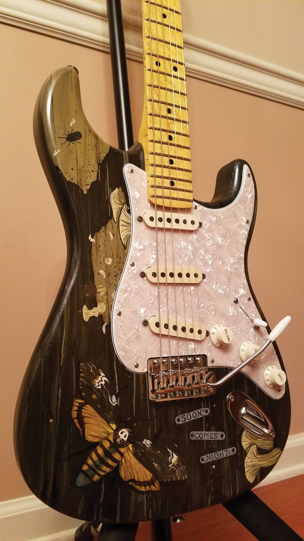 Reader Guitar of the Month: Sundial Fender Stratocaster