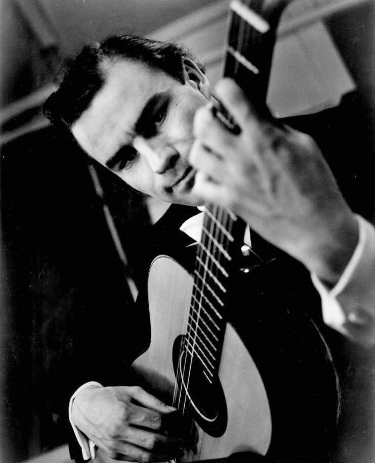 Julian Bream: 1933-2020