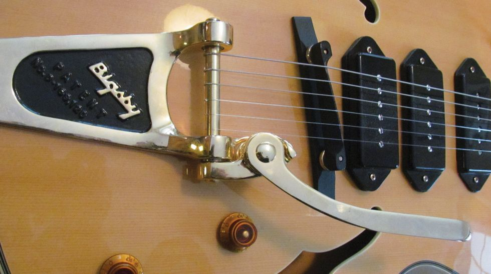 Will Ray's Bottom Feeder: Modified Epiphone Joe Pass Emperor