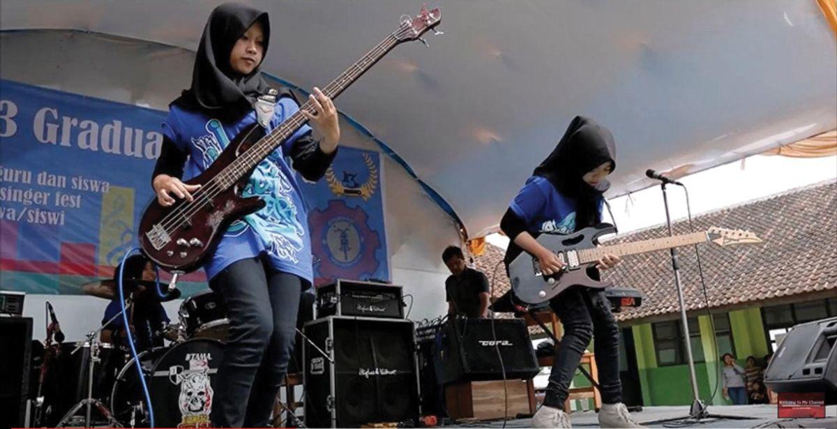 Tuning Up: 3 Muslim Girls More Metal Than You