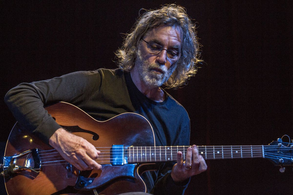 Jazz Guitarist Joe Morris: Enhance the Risk