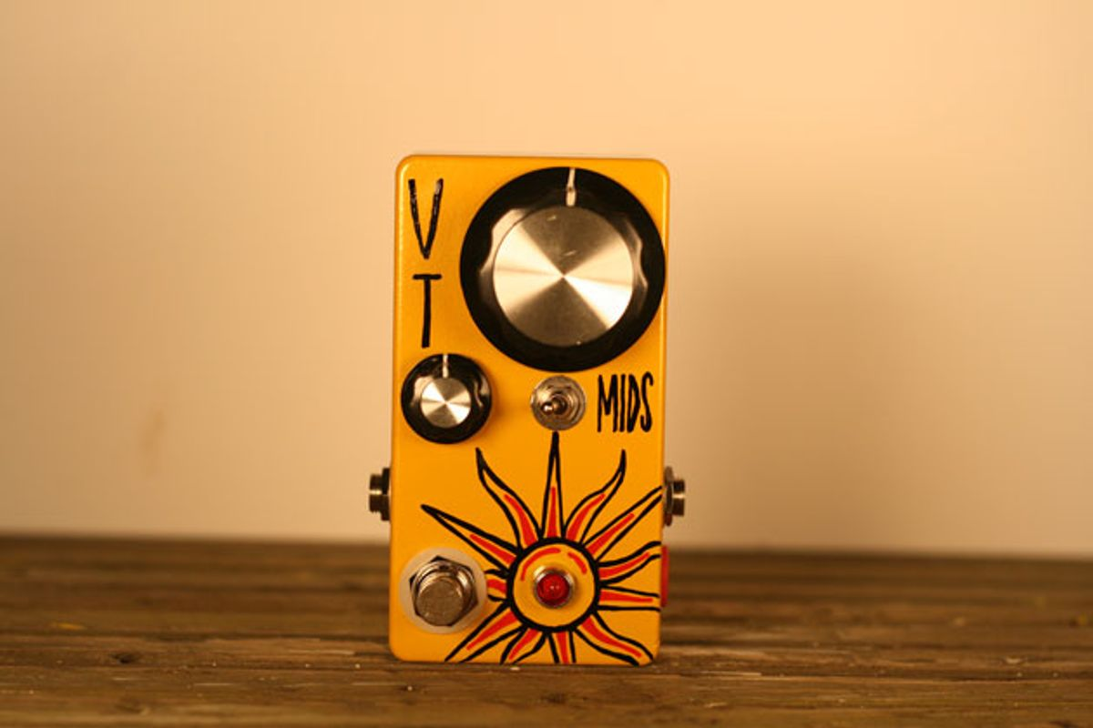 Hungry Robot Pedals Announces the Midnight Sun