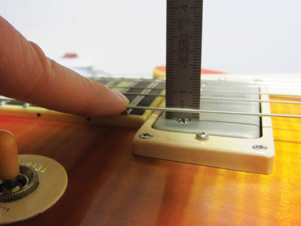 Mod Garage: Humbucker Height Adjustment   Premier Guitar