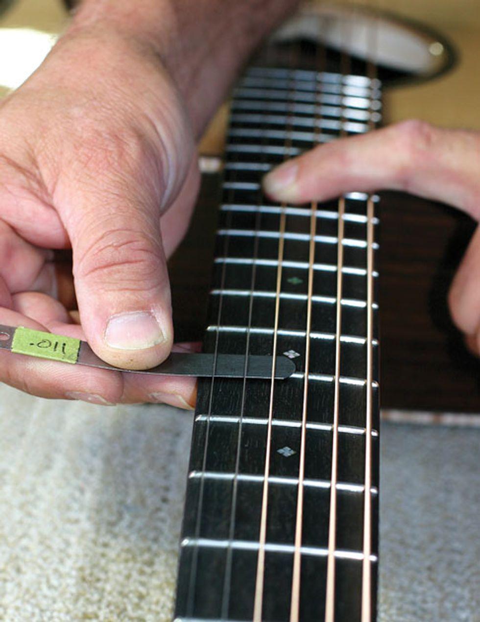 acoustic soundboard measuring and adjusting your guitar s action premier guitar. Black Bedroom Furniture Sets. Home Design Ideas