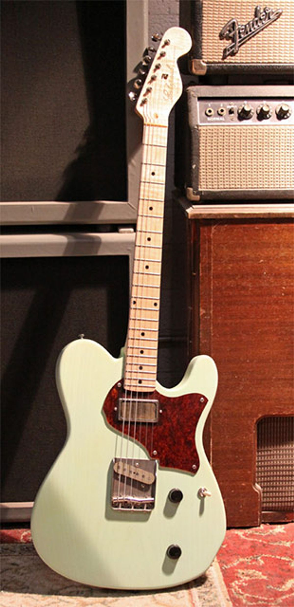 """Echopark Guitars Releases Clarence """"Gold Coil"""" Guitar"""