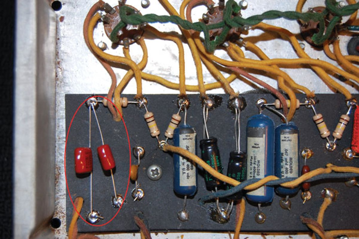 Ask Amp Man: Beefing Up a Vintage Fender Vibrolux Reverb