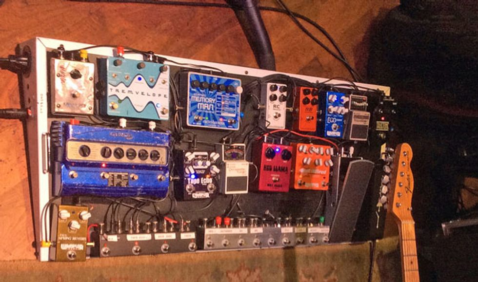 rig rundown brent mason premier guitar through the years mason has gone through countless combinations of pedals currently he s using a simpler system that he put together himself mounted on a