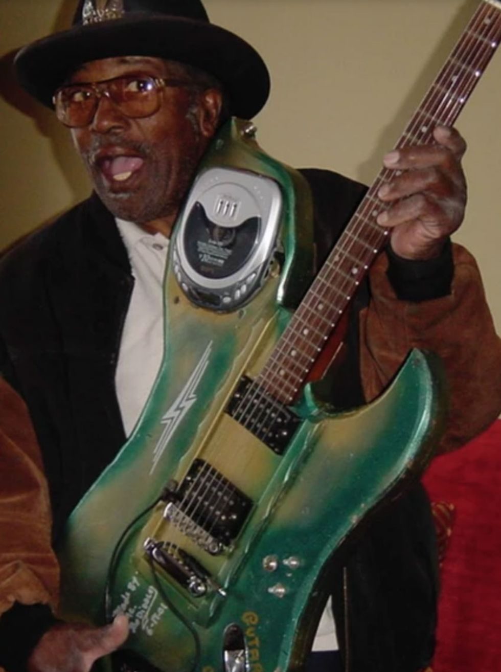 Bo-Diddley-with-Guitar_WEB.jpg