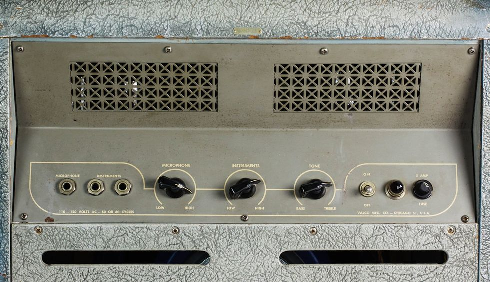 7 Vintage Sleeper Amps That Bring The Noise Premier Guitar 60 Amp Fuse Box Im Not A Big Fan Of Modifying But I Did Replace Original Jensen 12 Speaker In This Mckinney To Preserve And Protect It From My Fuzz Pedals