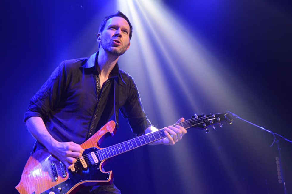 Jul16_PG_FEAT_Paul-Gilbert_Photo_by_Tami-Fukatami_DSC_1811_FEAT.jpg