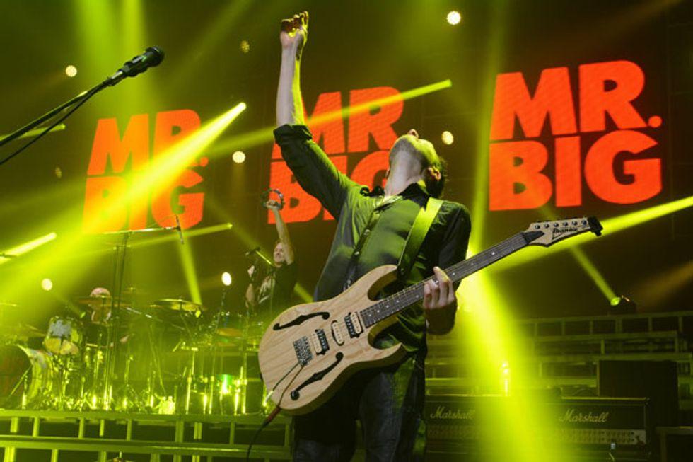 Paul Gilbert: Swingin\' Carnage Blues | Premier Guitar