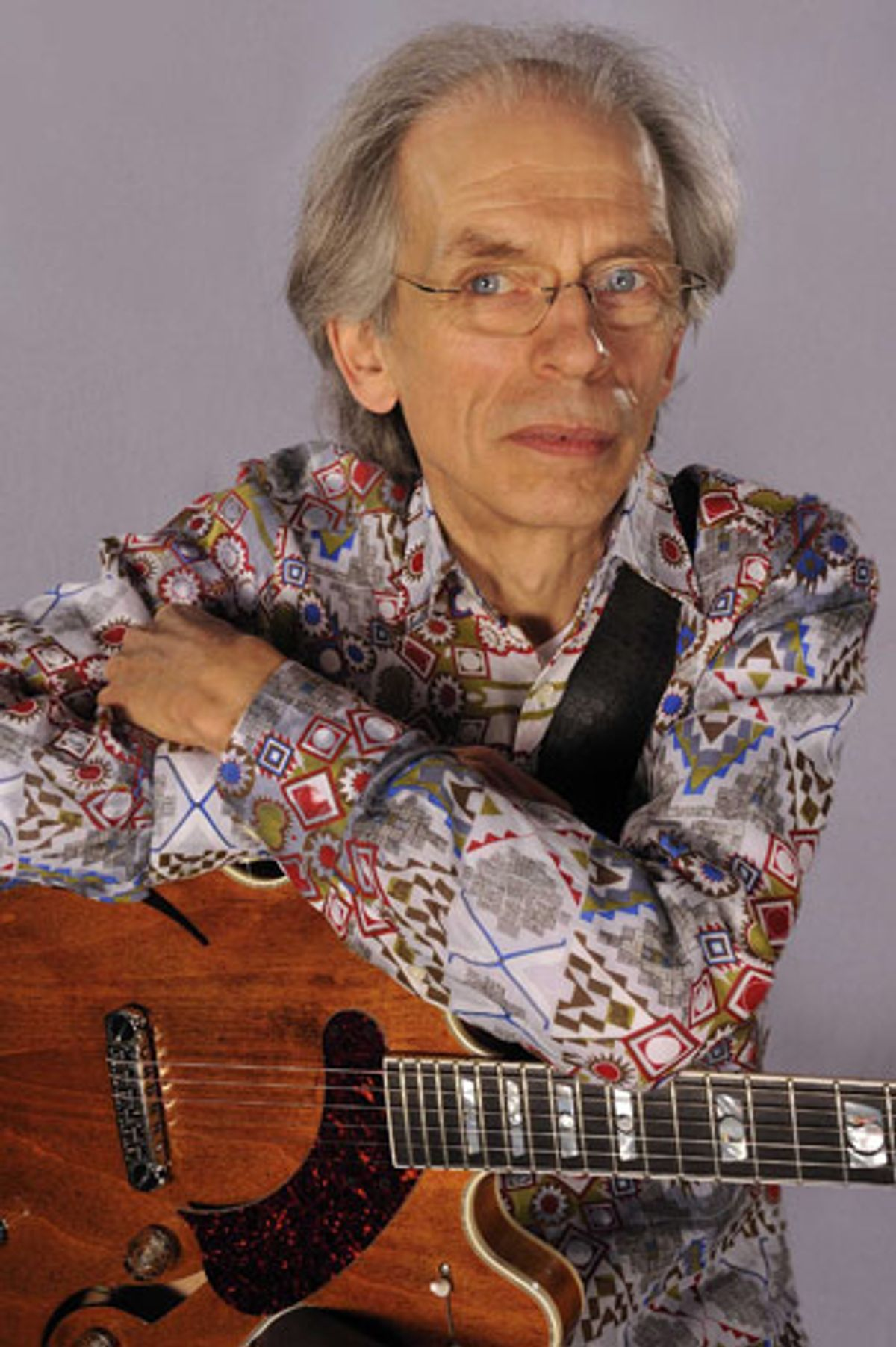 """Interview: Steve Howe on Asia's """"Omega,"""" Touring With Yes, and the Steve Howe Trio"""