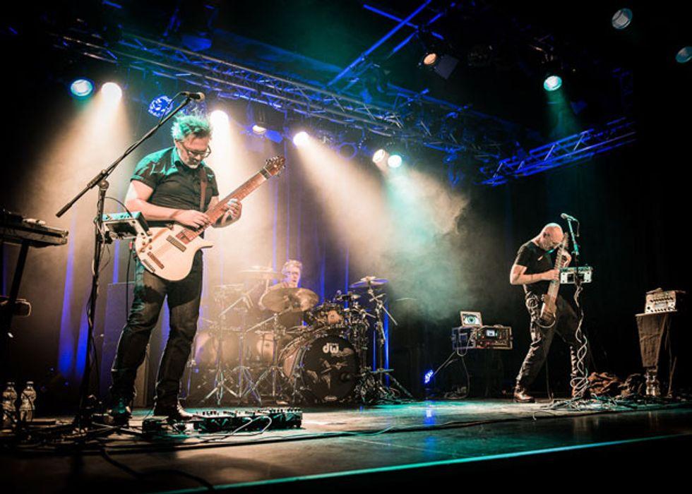 Feb17_PG_FEAT_Band-Live-Shot_Stick-Men-2015-Reutlingen-live-24pix-039_Photo_by_Kai-R-Joachim_FEAT.jpg