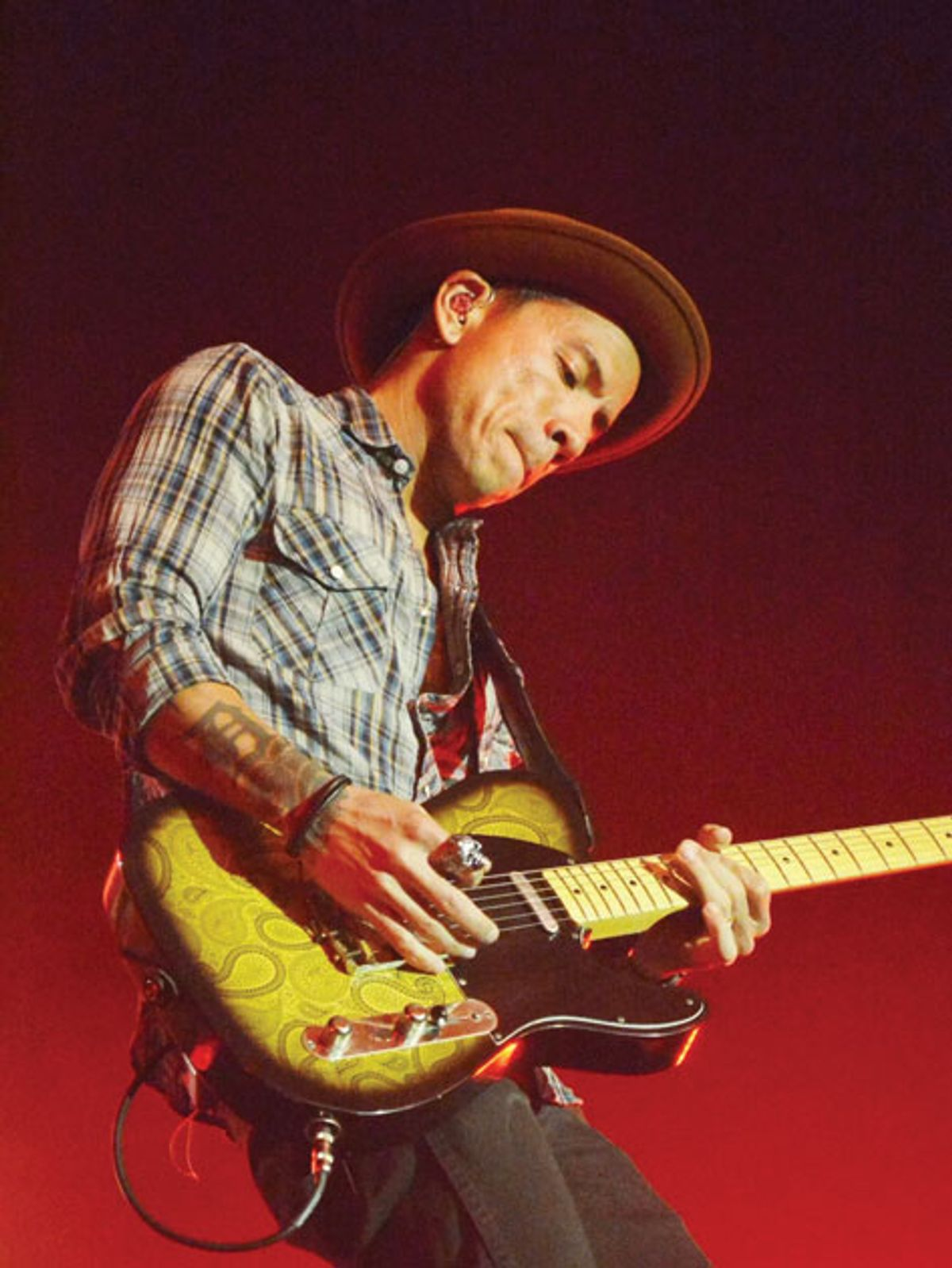 On Bass: Advice for Guitarists … from a Bassist