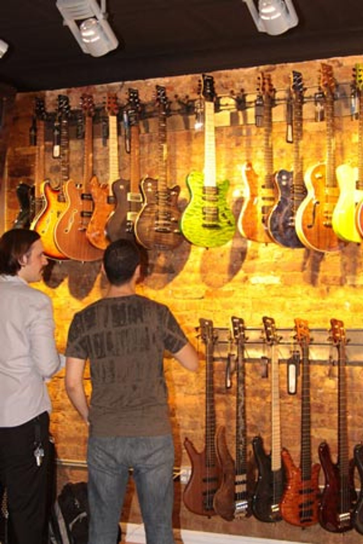 Warwick and Framus Open A New York City Custom Shop Showroom