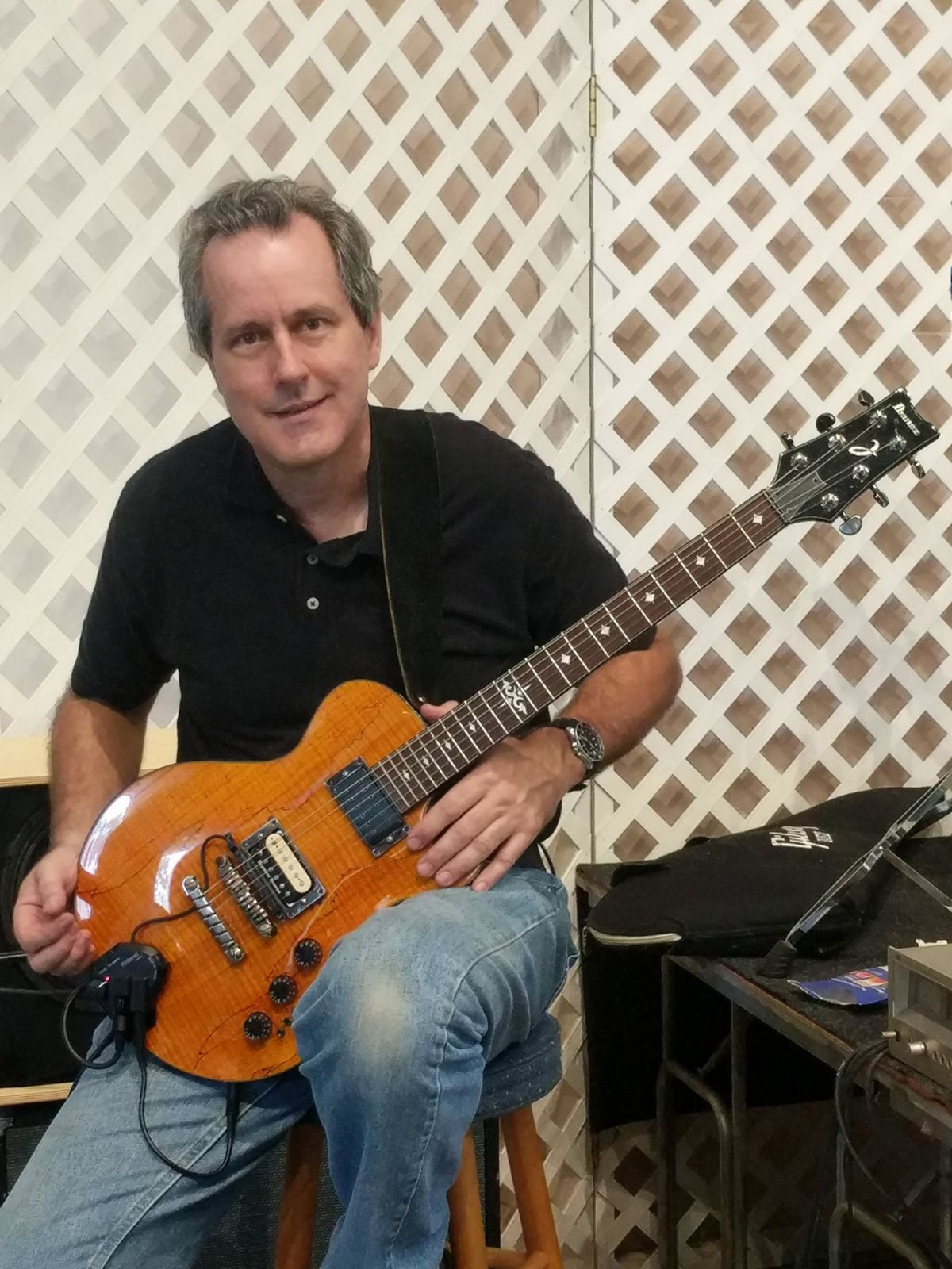 Reader Guitar of the Month: Ibby