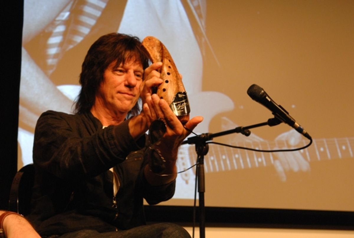 Jeff Beck Receives First-Ever Montreal Guitar Show Tribute Award