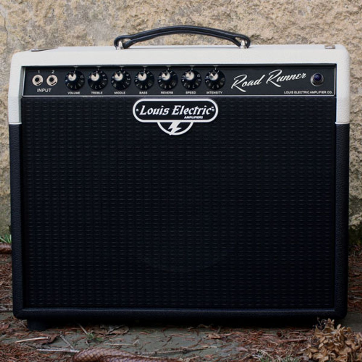 Louis Electric Amps Introduces the Road Runner
