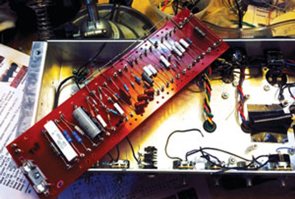The Mean 18: British-Style 18-Watt Amp Kits from Mojotone
