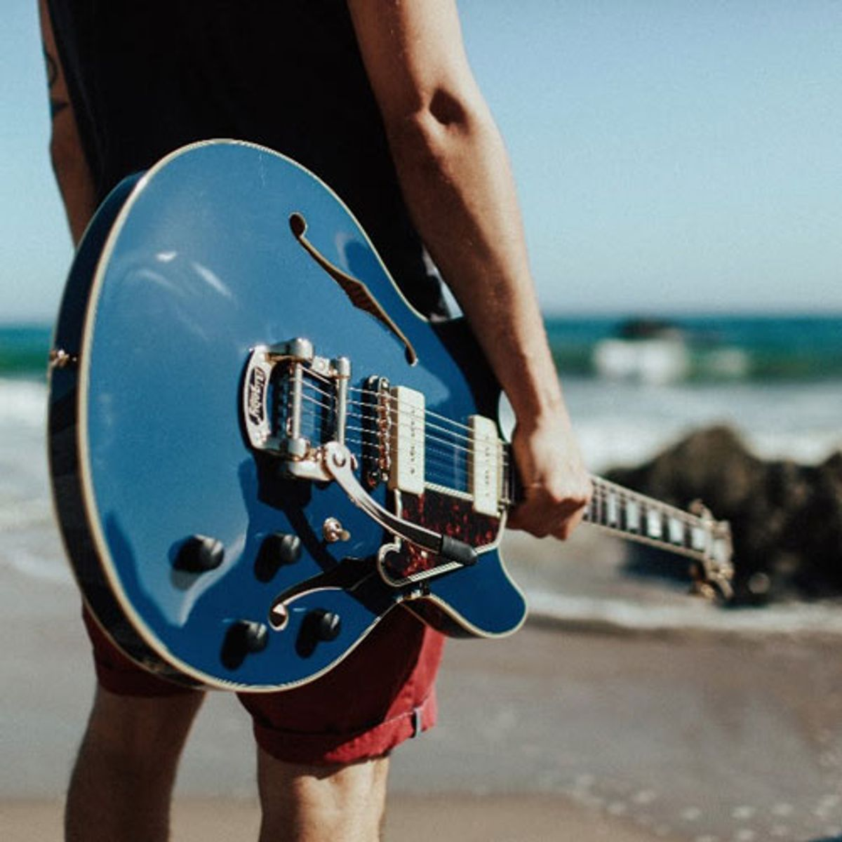 D'Angelico Guitars Debuts the Excel Shoreline