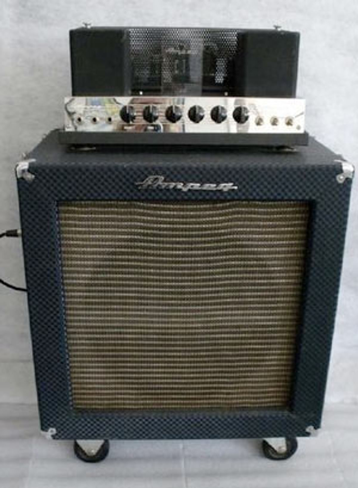 New Speaker Plug for an Ampeg B-15-N