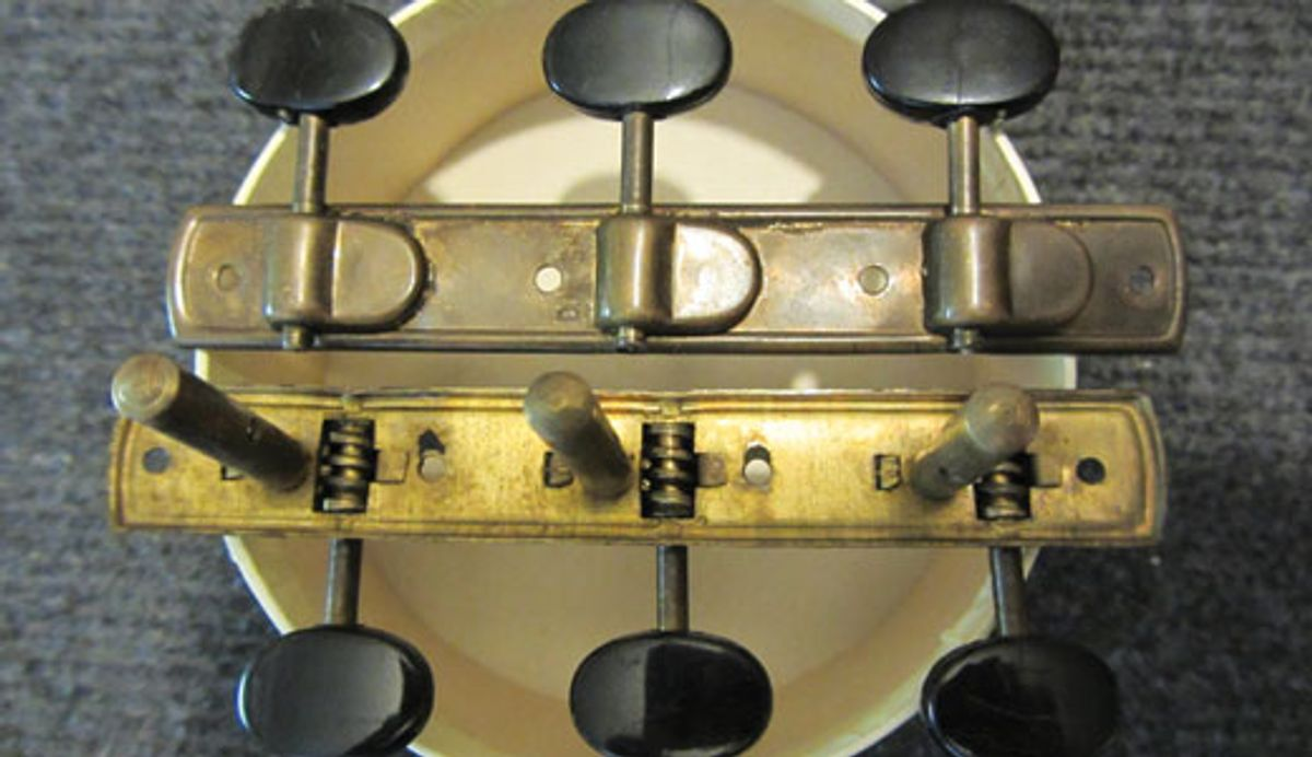 Mod Garage: Restoring Vintage Guitar Tuners