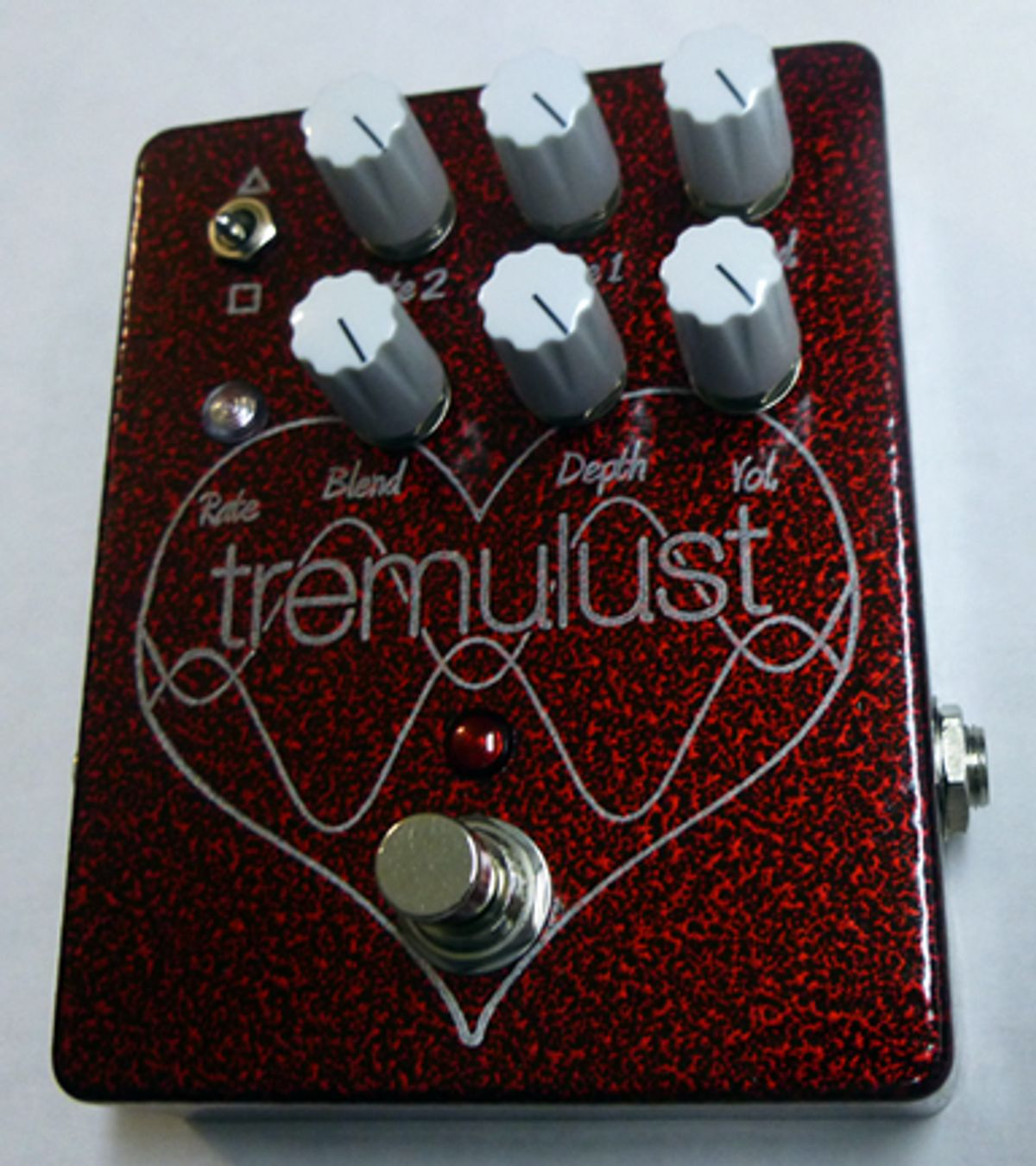 FuzzHugger Effects Releases the Tremulust