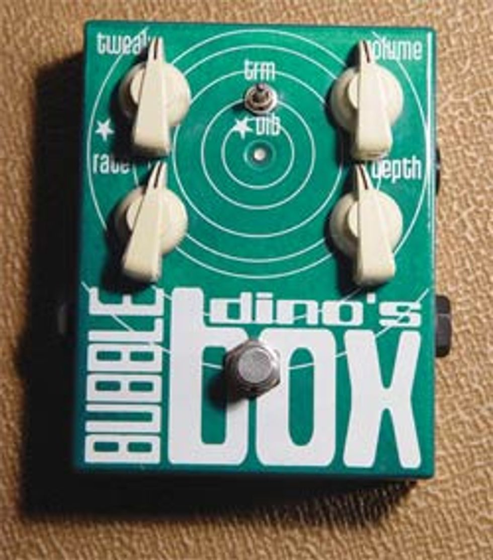 Dino''s Guitars Bubble Box Vibrato/Tremolo