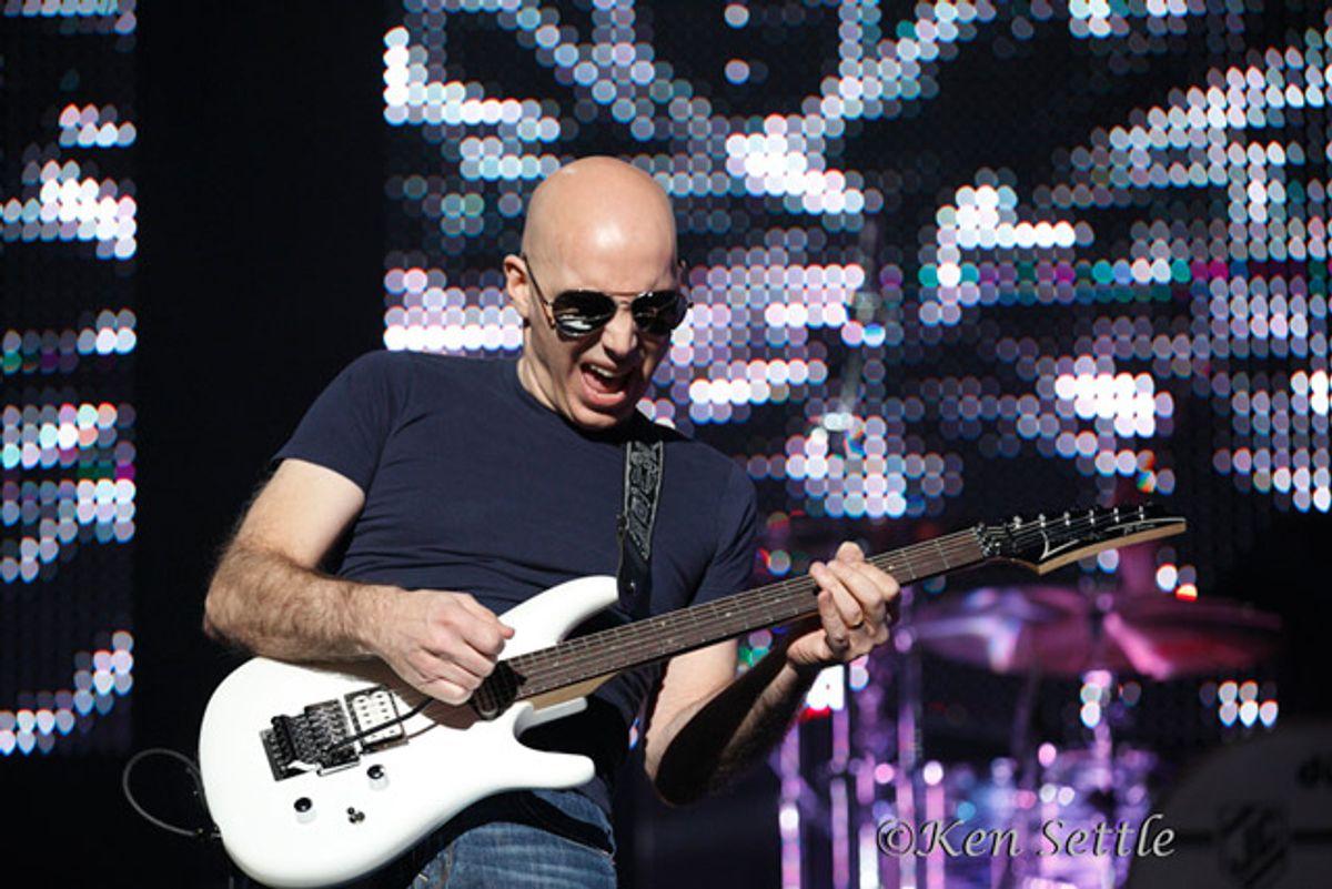 Interview: Joe Satriani - Gravitational Melodies