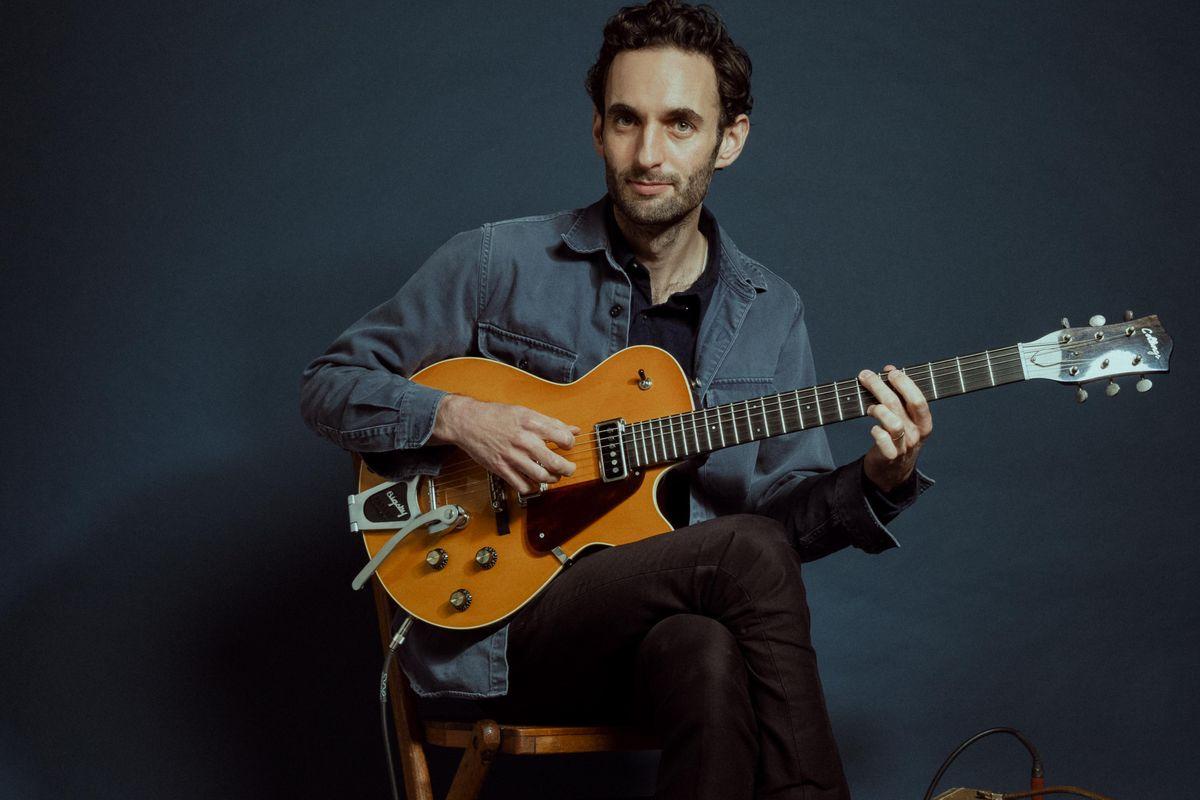 julian lage collings guitars