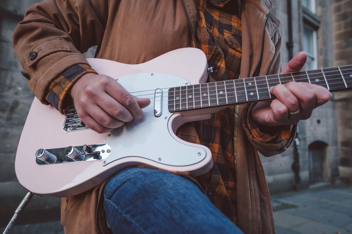 Why Was '90s Country Guitar So Cool?