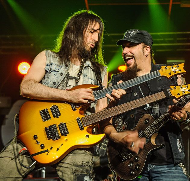 Being Bumblefoot: The Many Faces of Ron Thal