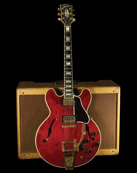 1960 Gibson ES-335 And 1959 Model 5F8A Fender Twin