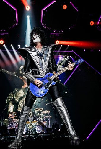 Epiphone Releases the Tommy Thayer Electric Blue Les Paul Outfit